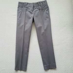 2/$30 Jacob Capri Pants Size 0